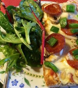 foodiesgalore.com make_it_yourself_pizza